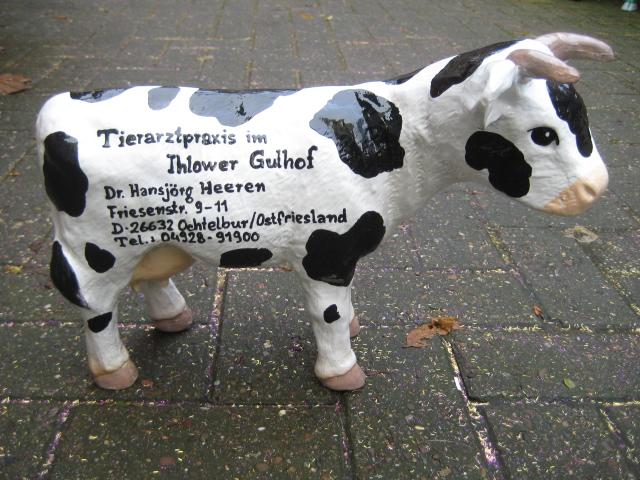 Kuh für eine Tierarztpraxis, Sonderanfertigung