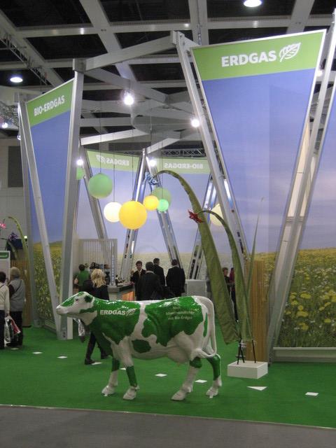Erdgas-Kuh auf dem Erdgas Stand Grüne Woche 2010