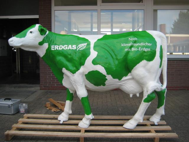 lebensgroße Kuh für Erdgas Mobil GmbH