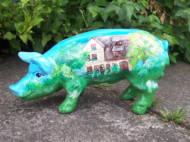 Glücksschwein mit Haus