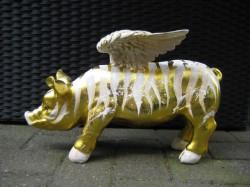Goldene Flügel-Sparschweine_1