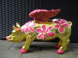 Goldene Flügel-Sparschweine_4